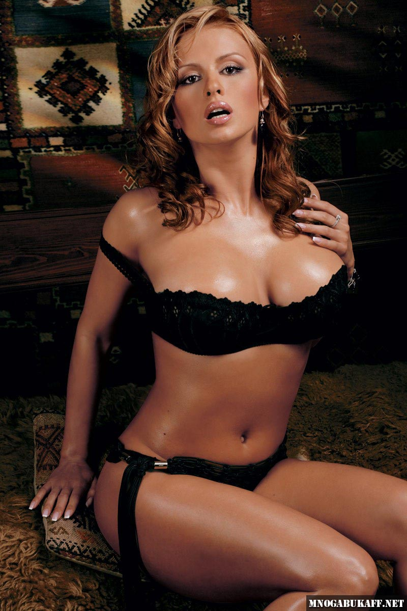 Barbi benton nude scenes