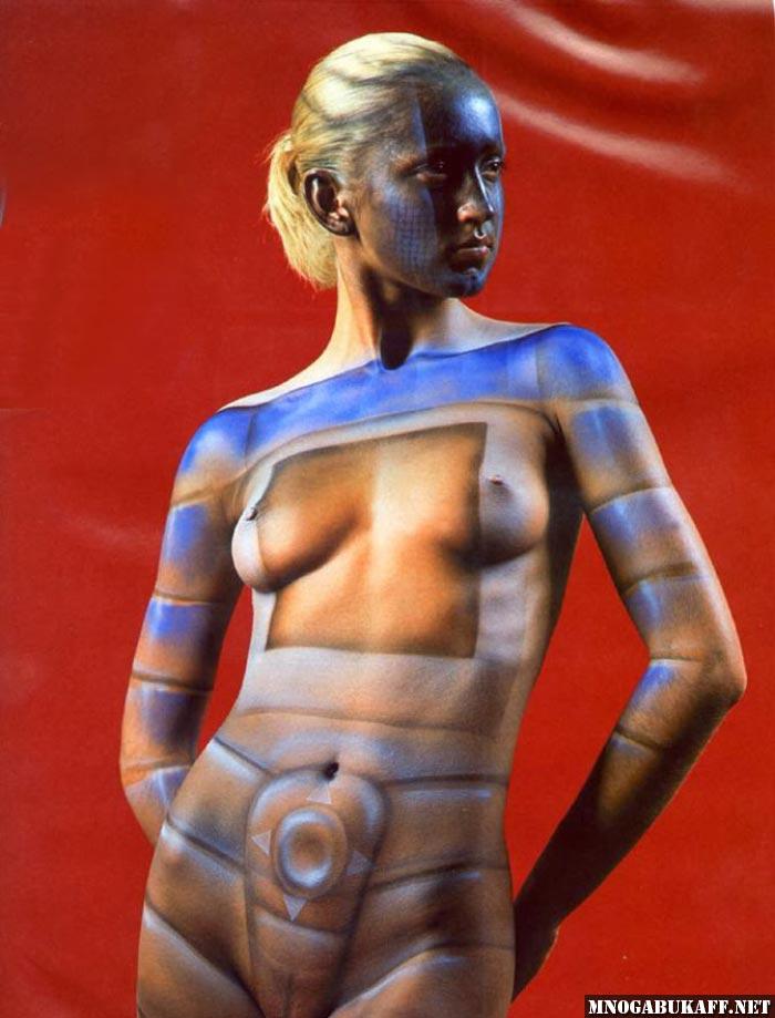 фотографии полностью голые худые но с широкими бедрами взрослые женщины