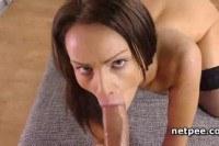 Горловой порно ххх видео Sophie lynx eats and fucks cock in pov