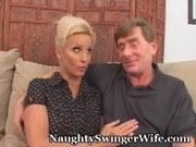 Свингеры порно ххх видео Hubby cradles wife's head as