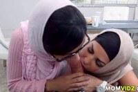 Мамки порно ххх видео Stepmom julianna vega and mia khalifa