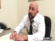 В офисе порно ххх видео Slutty office assistant fucks her boss