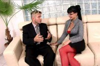 Очки порно ххх видео Horny secretary fucked on a couch in