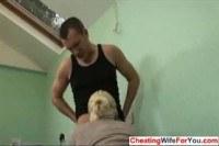 Домохозяйки порно ххх видео Busty blonde suck cock