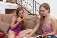 Лесбиянки порно ххх видео Step sib teen fingers