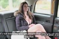 Порно ххх видео Natural huge tits brit banged in a cab