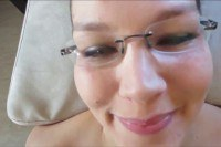 Оргазм порно ххх видео Nerdie lass takes a facial