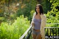 Двойное Проникновение порно ххх видео Brunette adriana chechik takes trio of