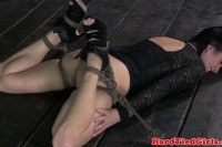 БДСМ порно ххх видео Bdsm sub beautie veruca james flogged
