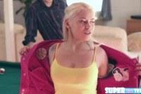 Блондинки порно ххх видео Lustful and petite marsha may gets her