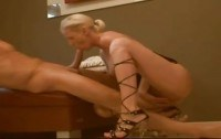 Развратные порно ххх видео A big dick sucked off by super hot