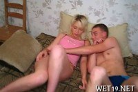 Молоденькие порно ххх видео Tasting a delectable poon tang