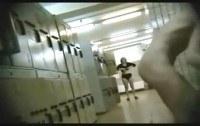 Подсмотренное порно ххх видео Amateur girls unaware of locker room