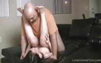 Миссионер порно ххх видео Providing the girlfriend with a nice