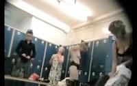 Скрытая камера порно ххх видео Real sexy milfs spied in a locker room