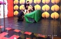 Буккаке порно ххх видео Brunette gives deepthroat blowjob and