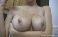 Стриптиз порно ххх видео Exposing the juicy boobs for the loyal