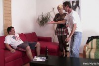Порно ххх видео Old hubby es his young blonde riding