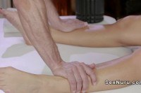Сперма порно ххх видео Masseur got oiled shaved pussy
